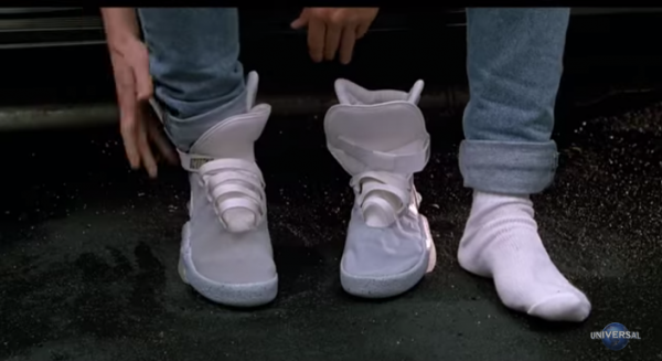 I would like a pair of these self-tying shoes. (Screenshot/YouTube.)