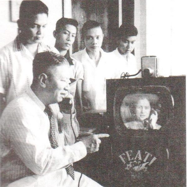 """Filipino scientist Gregorio Y. Zara demonstrating his """"telephone-television"""" invention in 1954. (Image: National Academy of Science and Technology Philippines via Facebook )"""