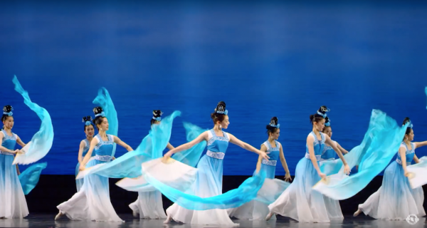 Pure beauty and pure compassion have to come from the heart - Cindy Liu / Shen Yun Dancer. (Image: Shen Yun Official Account via YouTube/Screenshot)