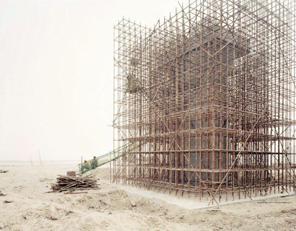 People Building High-speed Rail Bridge, Xiaxi. (Image: Zhang Kechun)