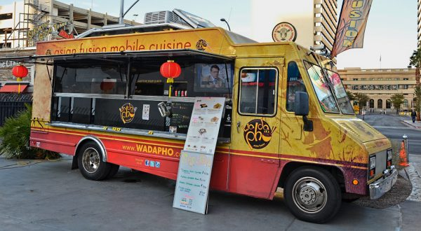 The California food truck boom captured some of Chang's spirit with hybrid meals that reflected their cultural geography. (Image: Tomás Del Coro via flickr CC BY-SA 2.0)