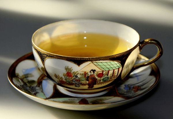 Green tea is a good source for anti-aging and good skin. (Image: via pixabay / CC0 1.0)