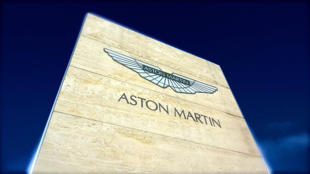 Aston Marin company logo. The company wants to follow the electro car and hybrid tend. (Image: Pexels via Pixabay cc 1.0)