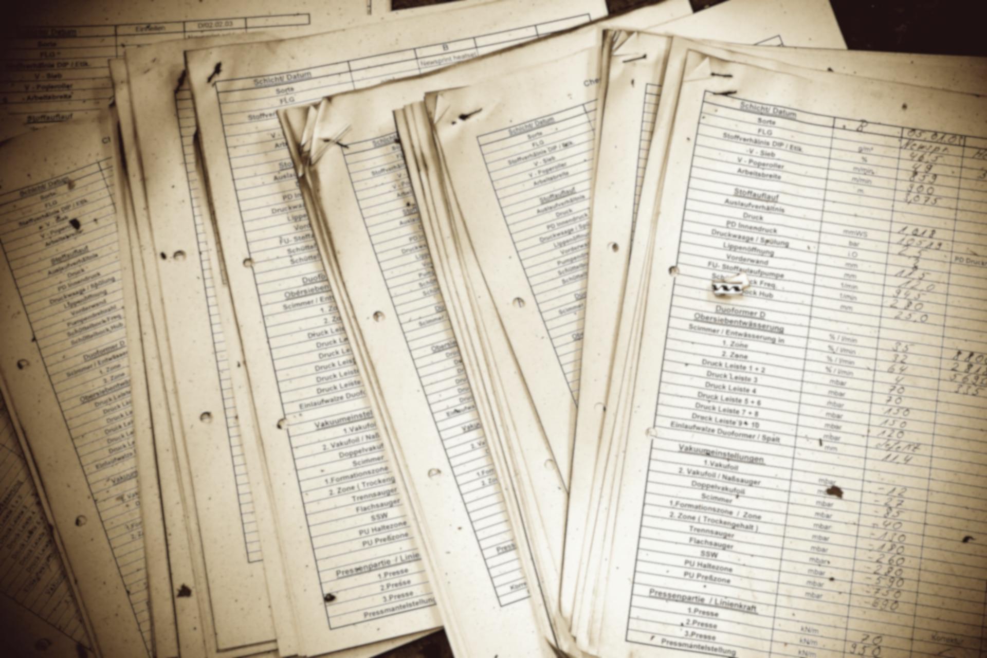 Concept image of a so-called black list , documents containing (Image: MichaelGaida via Pixabay/cc0)