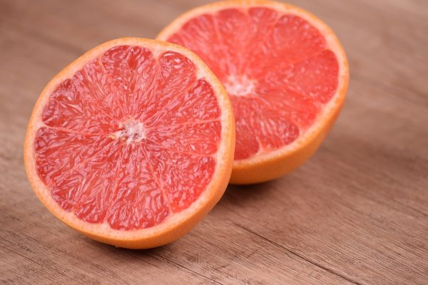 Healthy grapefruit contains 80% of vitamin C. (Image: pixabay / CC0 1.0)