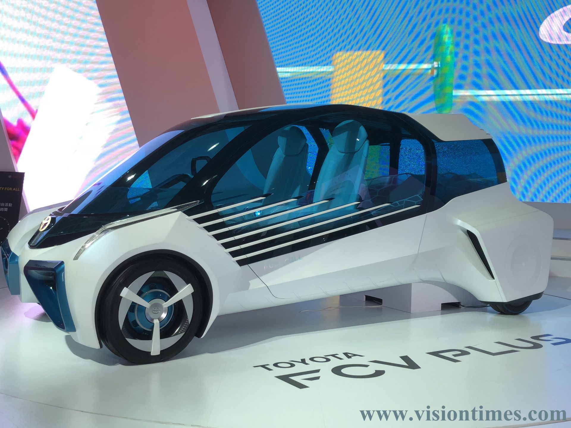 A next generation fuel cell vehicle (FCV) displayed at the 2018 Taipei International Auto Show (Image: Billy Shyu / Billy Shyu)