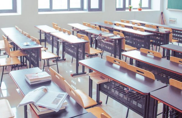 """Where the education systems of China and Hong Kong have been integrated, the CCP has been vigorously promoting """"Putonghua teaching"""" and doing away with Cantonese. (Image via pixabay / CC0 1.0)"""