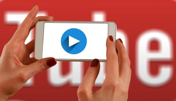 YouTube's stated goal goal is to 'equip users with additional information to help them better understand the sources of news content that they choose to watch on YouTube.' (Image: pixabay / CC0 1.0)