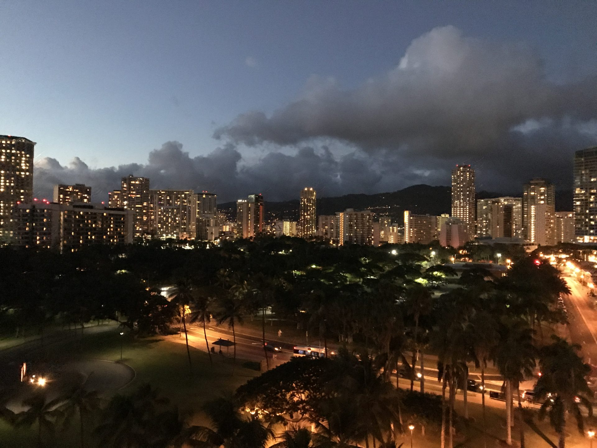 Honolulu by night. (Photo: Courtesy of Laura Cozzolino)