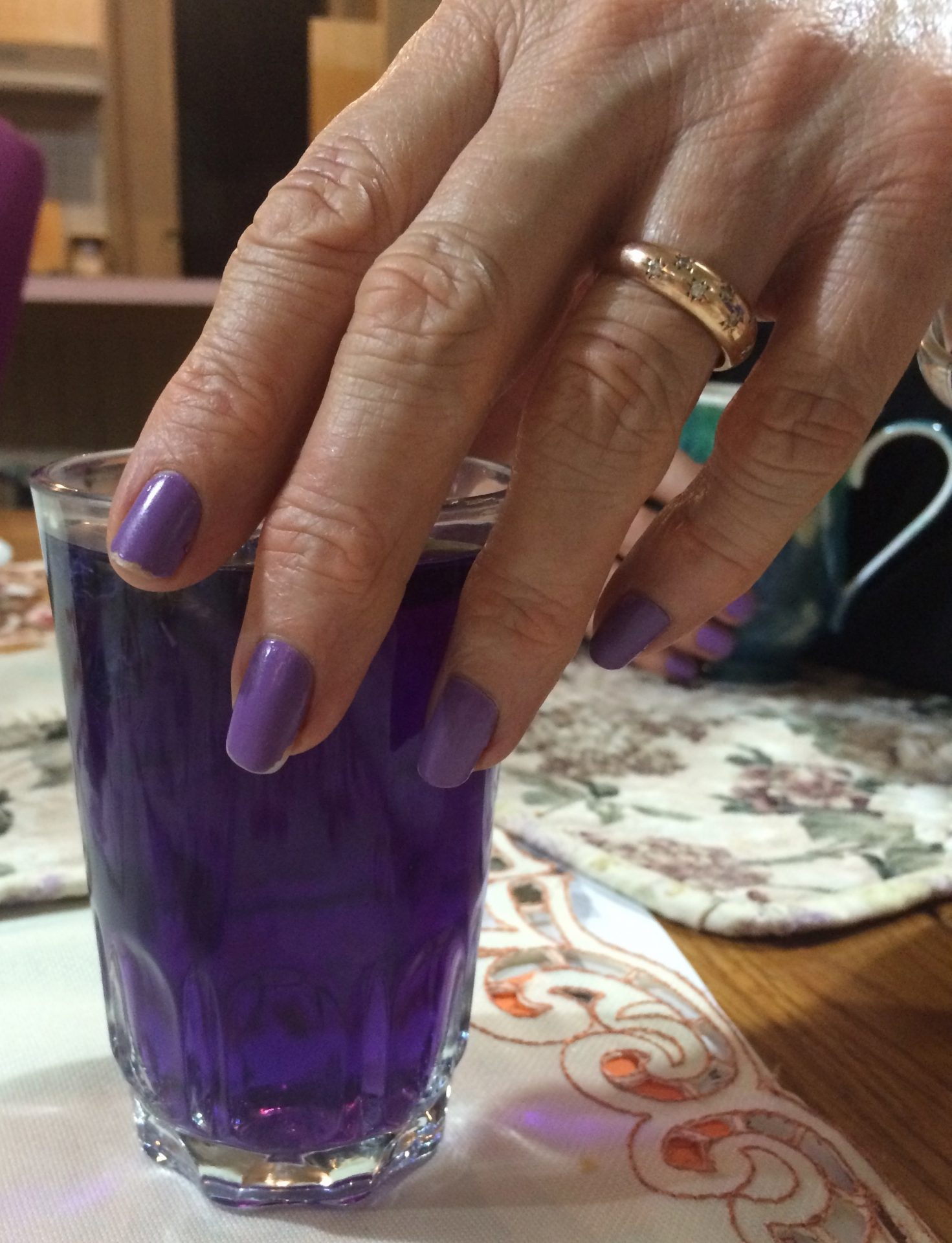 Photo by Trisha Haddock. Butterfly Blue Pea Tea turns purple after adding a squeeze of lemon juice.