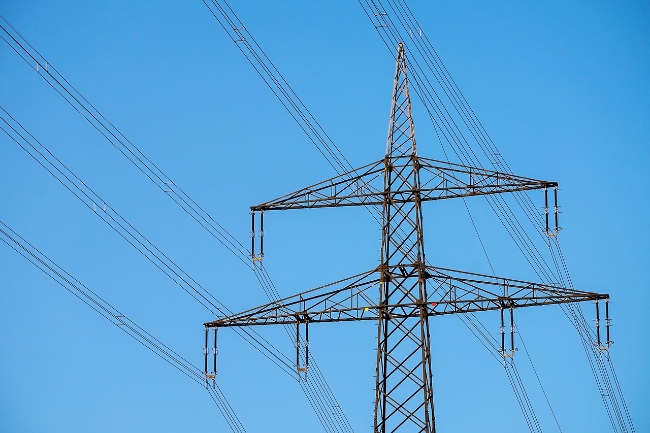 Start-up spikes are an issue of their own, but they closely tie to identifying your scheduled peak power demands. (Image: pixabay / CC0 1.0)