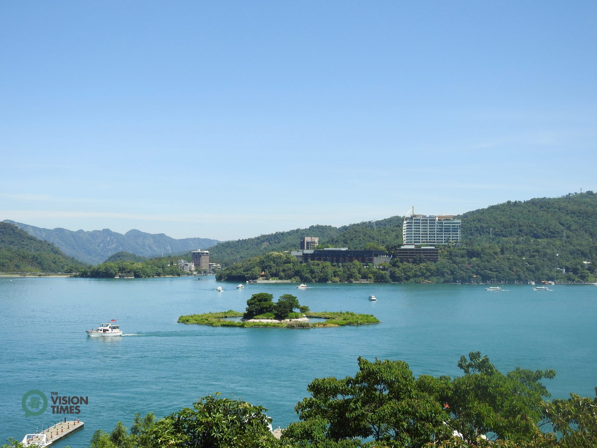 The Sun Moon Lake is one of most famous tourist attractions in Taiwan. (Image: Billy Shyu / Vision Times)