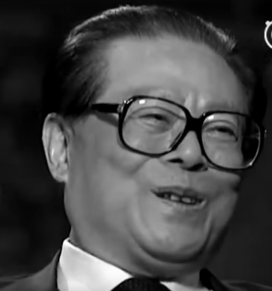 His many ad hoc performances may have made him the center of attention but he was considered a disgrace and embarrassment to the Chinese people back at home. (Image: YouTube/Screenshot)