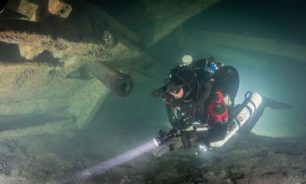 Professional divers investigated the wreck, which sits at the bottom of the sea, 70 metres below sea level. (Photo: Kirill Egorov / Ocean Discovery / Mars Project)