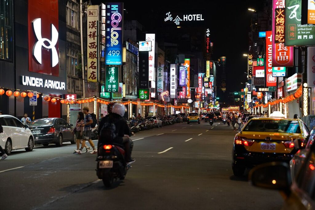 Doreen has an evening stroll in Taipei City. (Image: Courtesy of Doreen Hegemann)