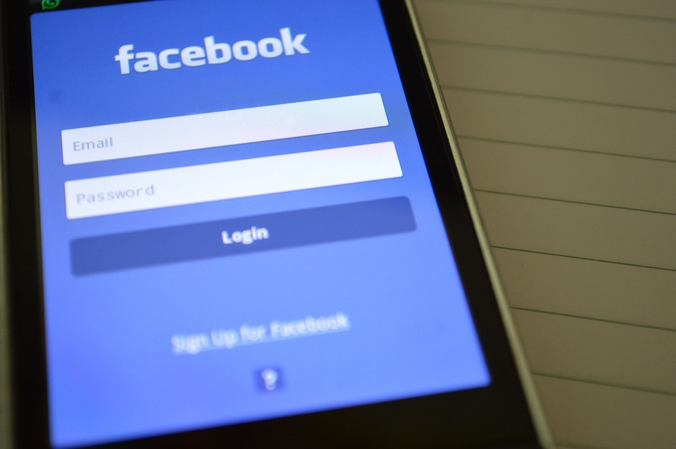 A new glitch on Facebook affected thousands of users' privacy settings. (Image: pixabay / CC0 1.0)