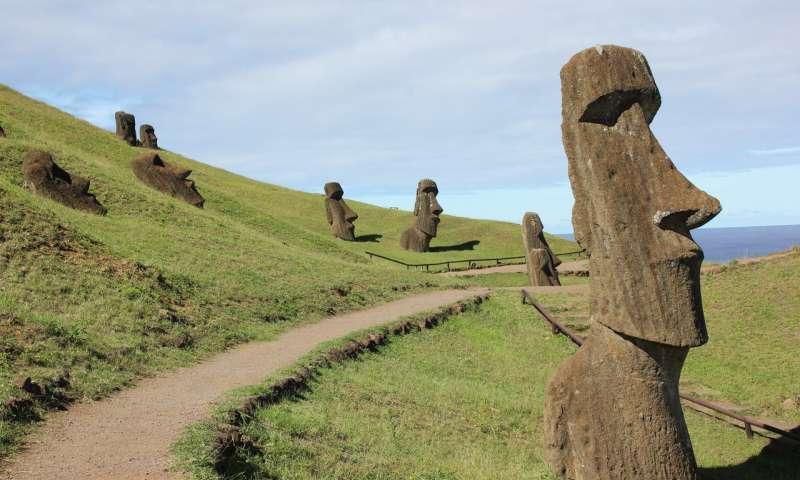 Easter Island statues in Rano Raraku. (Image:: Dale Simpson, Jr.)