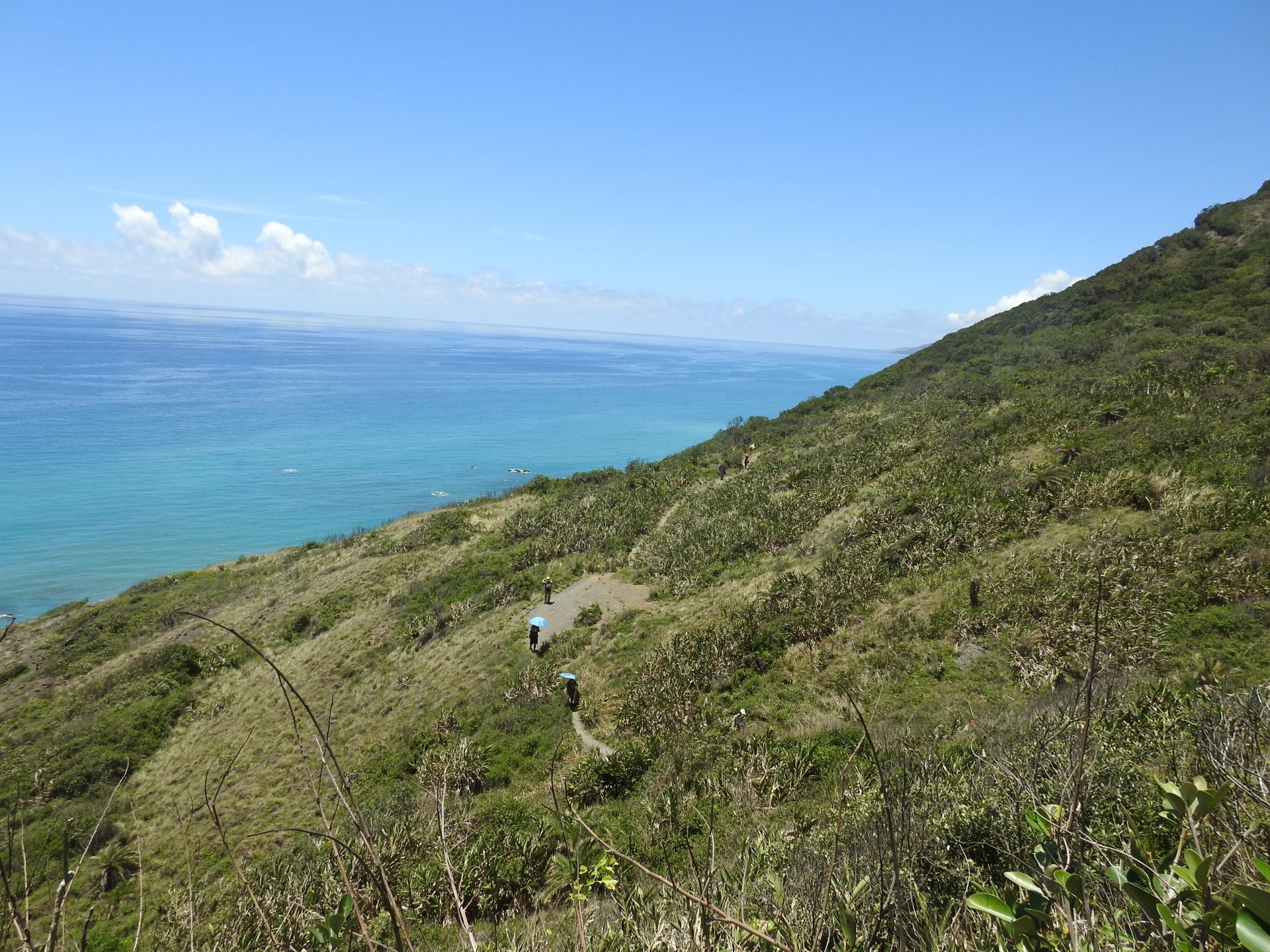 It's strenuous to hike along Alangyi Ancient Trail. (Image: Billy Shyu / Vision Times)