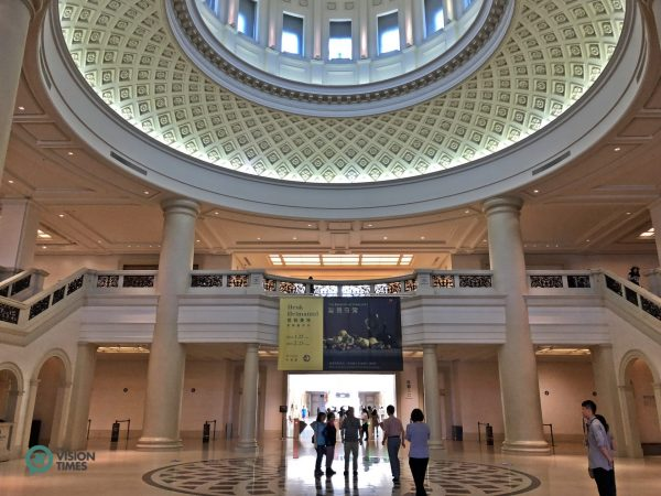 Chimei Museum has a magnificent entrance lounge. (Image: Billy Shyu / Vision Times)