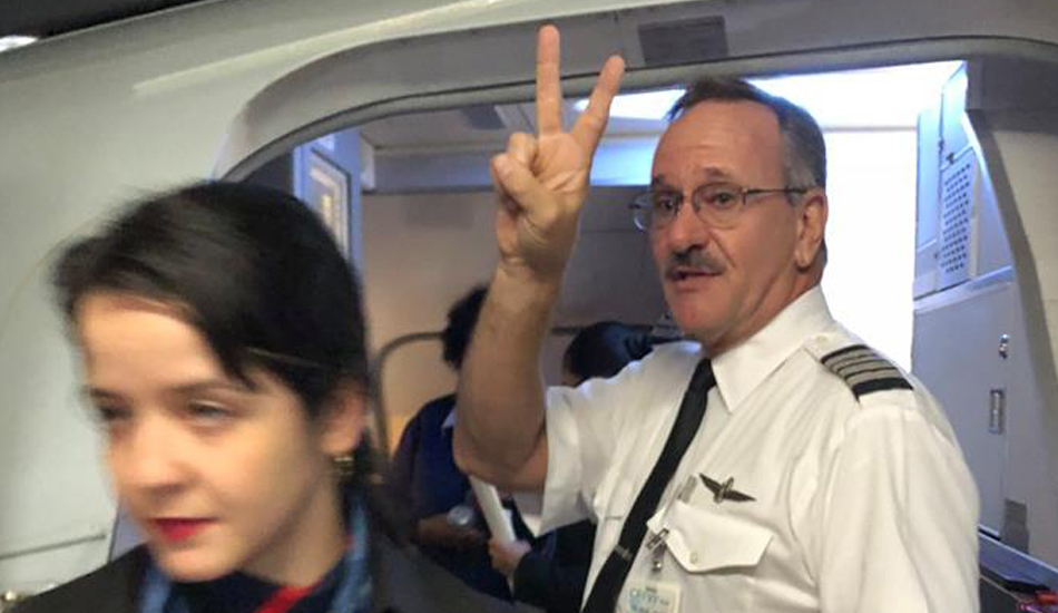 The pilot reportedly made a victory sign as she left. (Image: Facebook