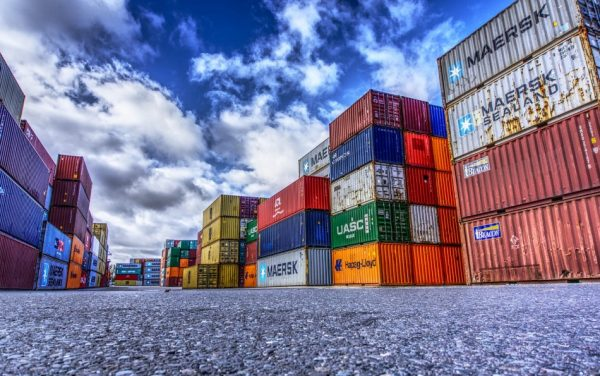 Marine shipping is 80 percent less expensive than shipping goods through the air. Notably, because you can ship more using ocean freight containers, you can fit more products in a single trip. (Image: pixabay / CC0 1.0)