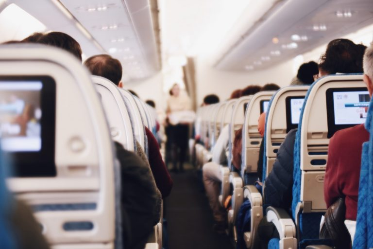 Why did the airlines even serve Holman wine during her trip to Dubai? The airline would have clearly known that alcohol is restricted in Dubai and that their passengers could be arrested if alcohol is found in their blood. (Image via pixabay / CC0 1.0)