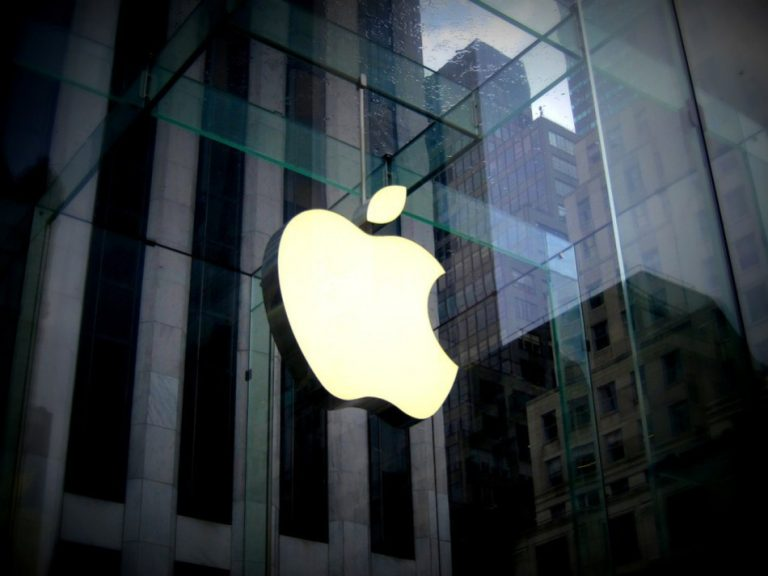 Apple cut down its revenue forecast for the year. (Image: via pixabay / CC0 1.0)