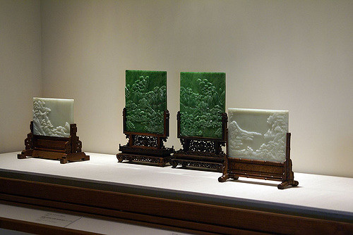 "According to the King of Wenchang: ""Only those with a clean body and good virtue who guard their bodies like precious jade can receive Heaven's good fortune."" (Image: Valerie Everett via flickr CC BY-SA 2.0)"