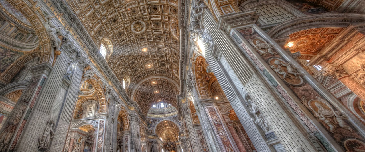 Given the large number of sexual abuse scandals that have been plaguing the Vatican recently, several Catholics are struggling with their faith. (Image via pixabay / CC0 1.0)