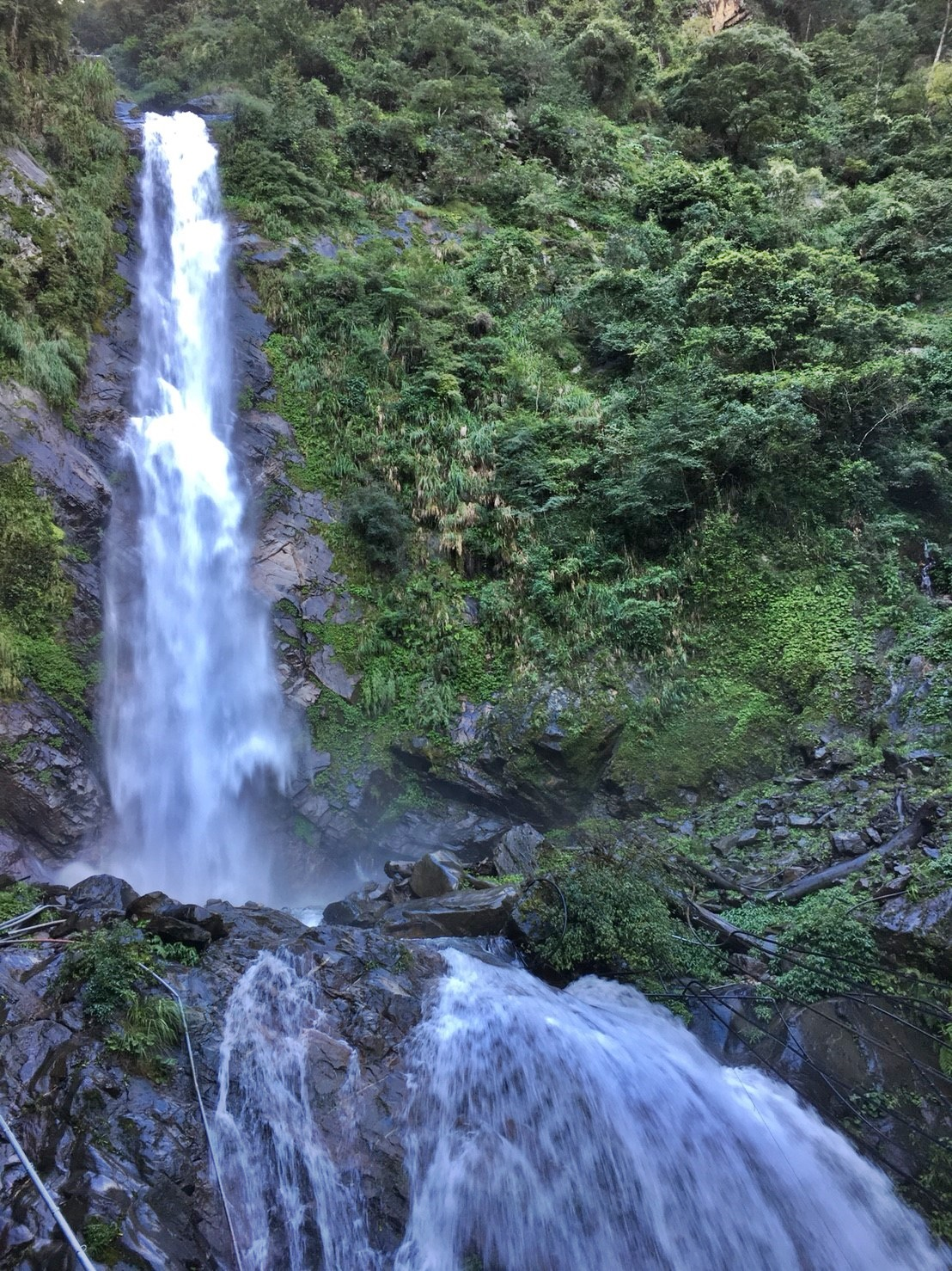 The Rainbow Waterfall in Dongpu Hot Spring Area. (Image: Chang Hsi-Hsin)