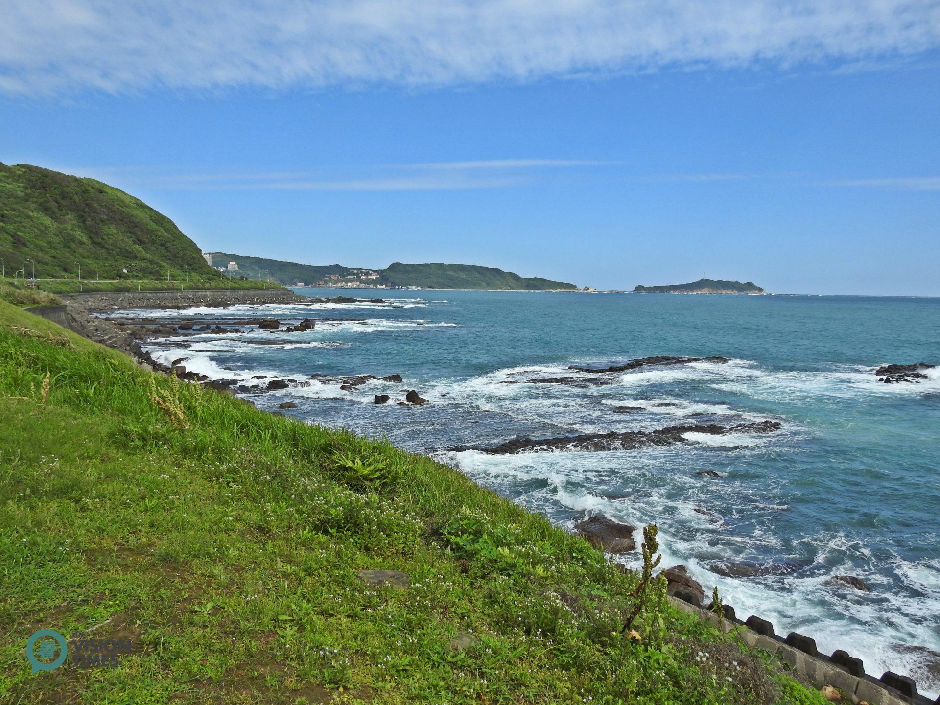 The Wanli section of Taiwan's beautiful north coast. (Image: Billy Shyu / Vision Times)
