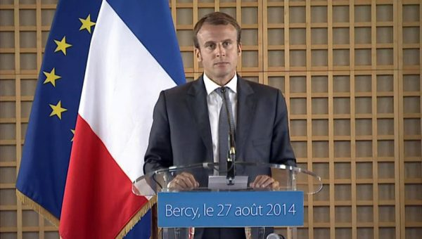 And though Macron later made it clear that he was there to support the people without judging them, the damage was already done and his popularity among the public had taken a hit. (Image: via flickr CC BY-SA 3.0)