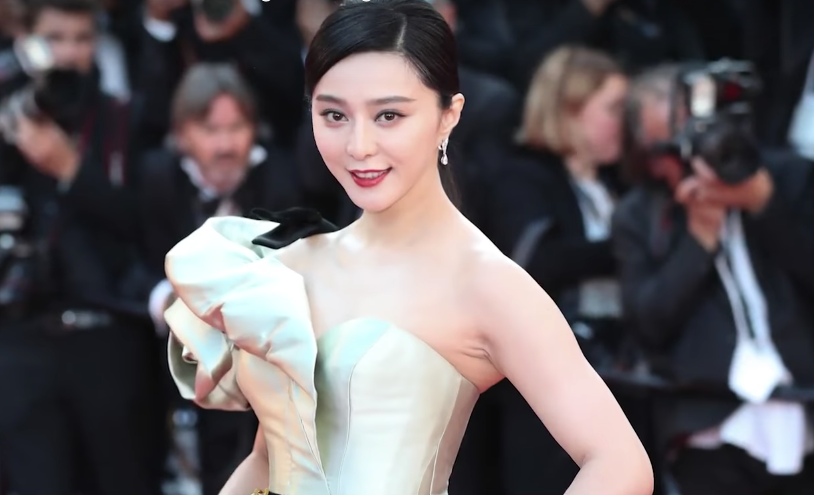 When Fan Bingbing was detained, there was no need for legal processes. (Image: YouTube/Screenshot)