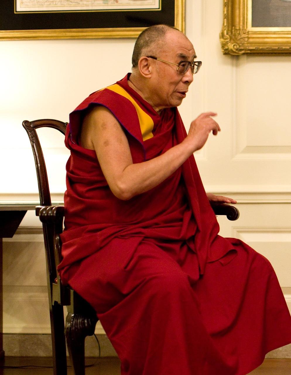 dalai-lama-1166021_1280