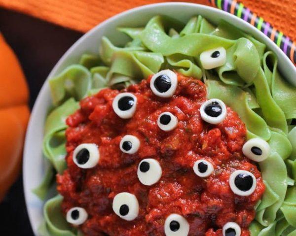 Eyeball Pasta (Image: pinterest / CC0 1.0)