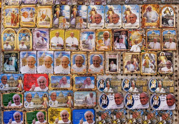 pope-1692627_1280