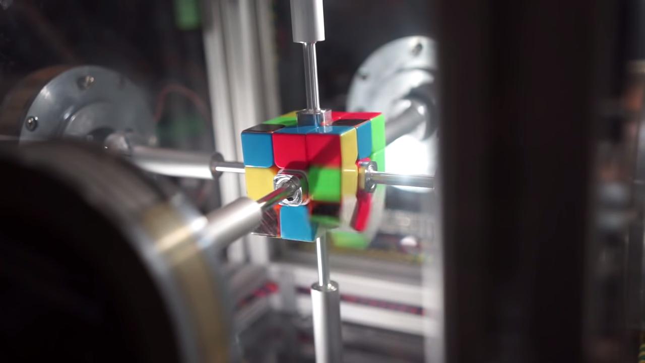 0.38 Second Rubik's Cube Solve 0-1 screenshot
