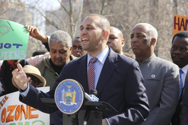 """""""Fixing our broken criminal justice system will take an all-hands-on deck effort from my colleagues on both sides of the aisle,"""" said Representative Hakeem Jeffries (D-NY).(Image: Fort Greene Focus via Flickr CC BY-ND 2.0)"""