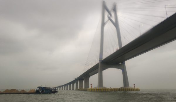 The Hong Kong-Zhuhai-Macau Bridge has been dubbed the 'Bridge of Death' by local media. (Image: Siyuwj via wikimedia CC BY-SA 4.0)