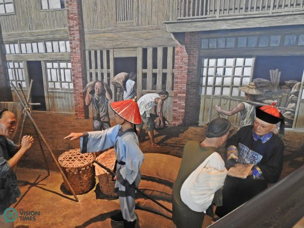 The life-size models depicting the early life in Taiwan. (Image: Billy Shyu / Vision Times)