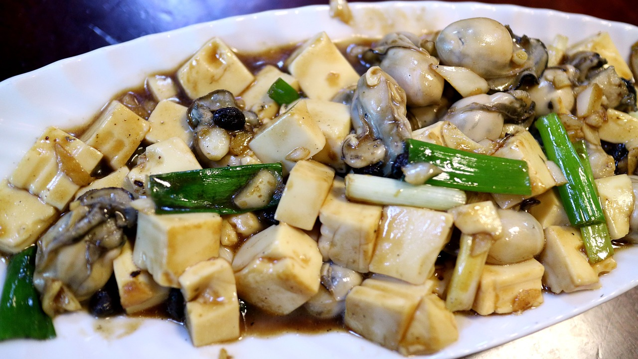 Tofu with Scallions and oyster mushrooms