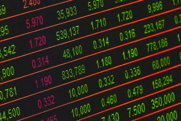 In early November, when President Trump told reporters that a deal with China was a near possibility, the markets had risen in response. However, when later reports suggested that the deal might not happen anytime soon, stock markets soon fell, showing how sensitive investors are about the trade dispute. (Image: pixabay / CC0 1.0)