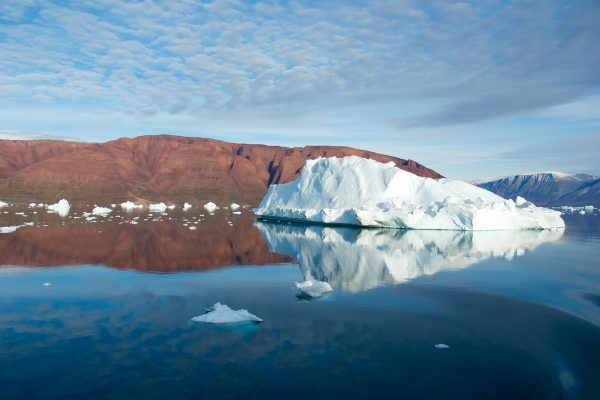 iceberg-828989_1280