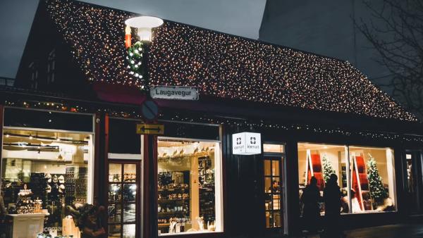 Christmas in Reykjavik - How to plan your trip 5-24 screenshot