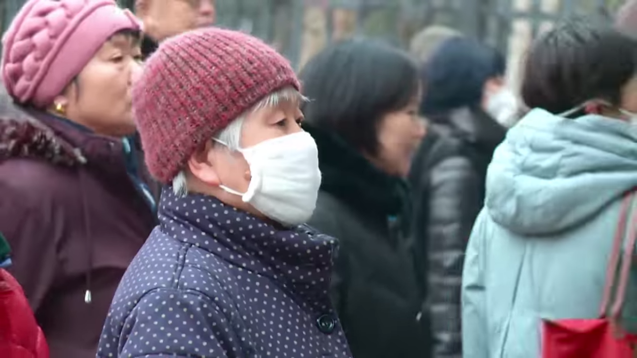 Surviving China's smog 0-10 screenshot