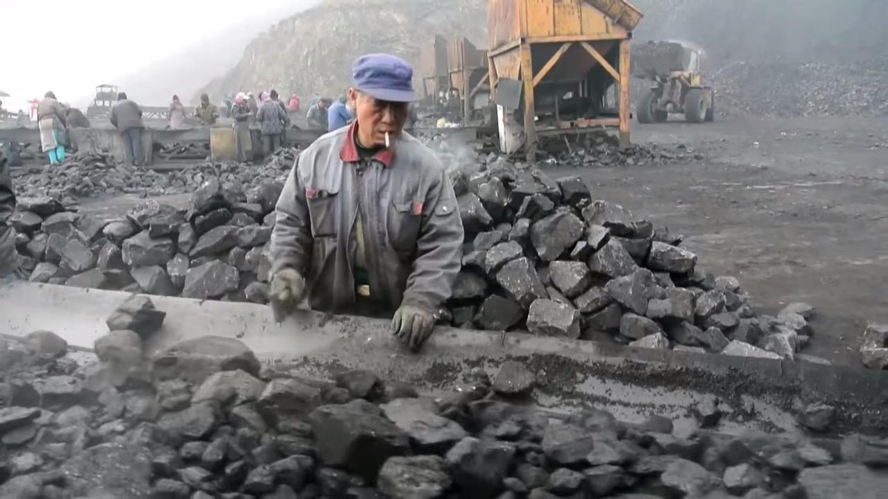 Surviving China's smog 1-9 screenshot