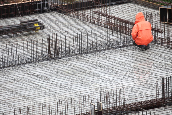 Your employees should feel confident and well-prepared whenever they're called upon to perform a concrete pour in very cold or otherwise challenging conditions. (Image: Portland Cement Association)