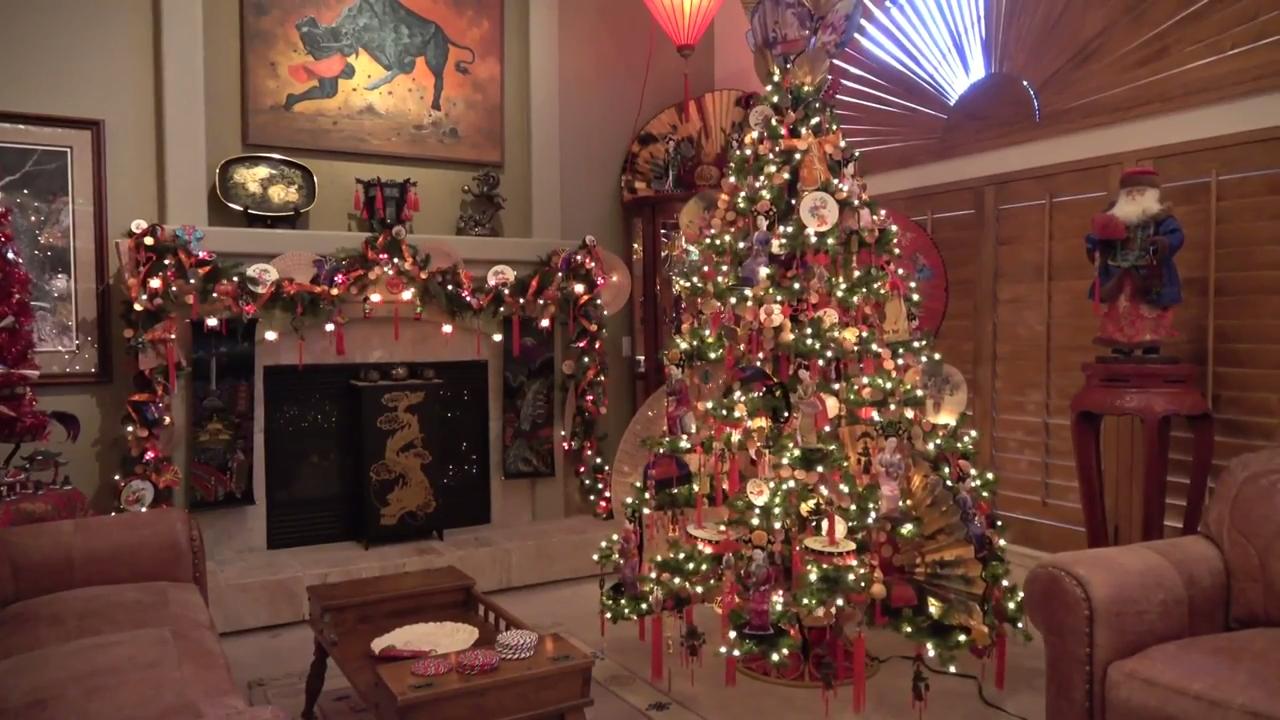 Christmas Holiday Home Tour 2017 -- Day 2 (An Asian Christmas!) of the 12 Days of Christmas Series 0-36 screenshot