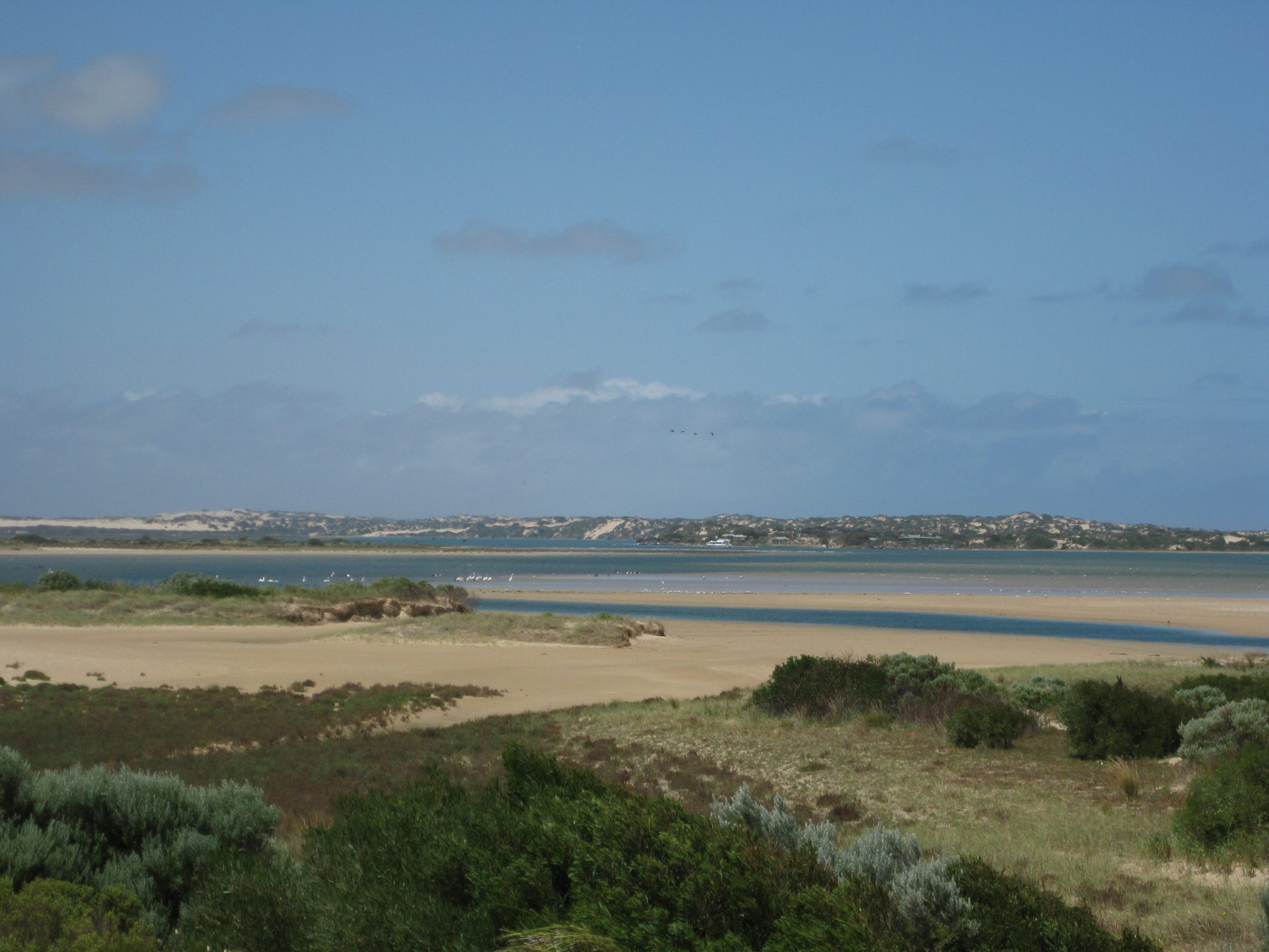 Entrance_to_Coorong