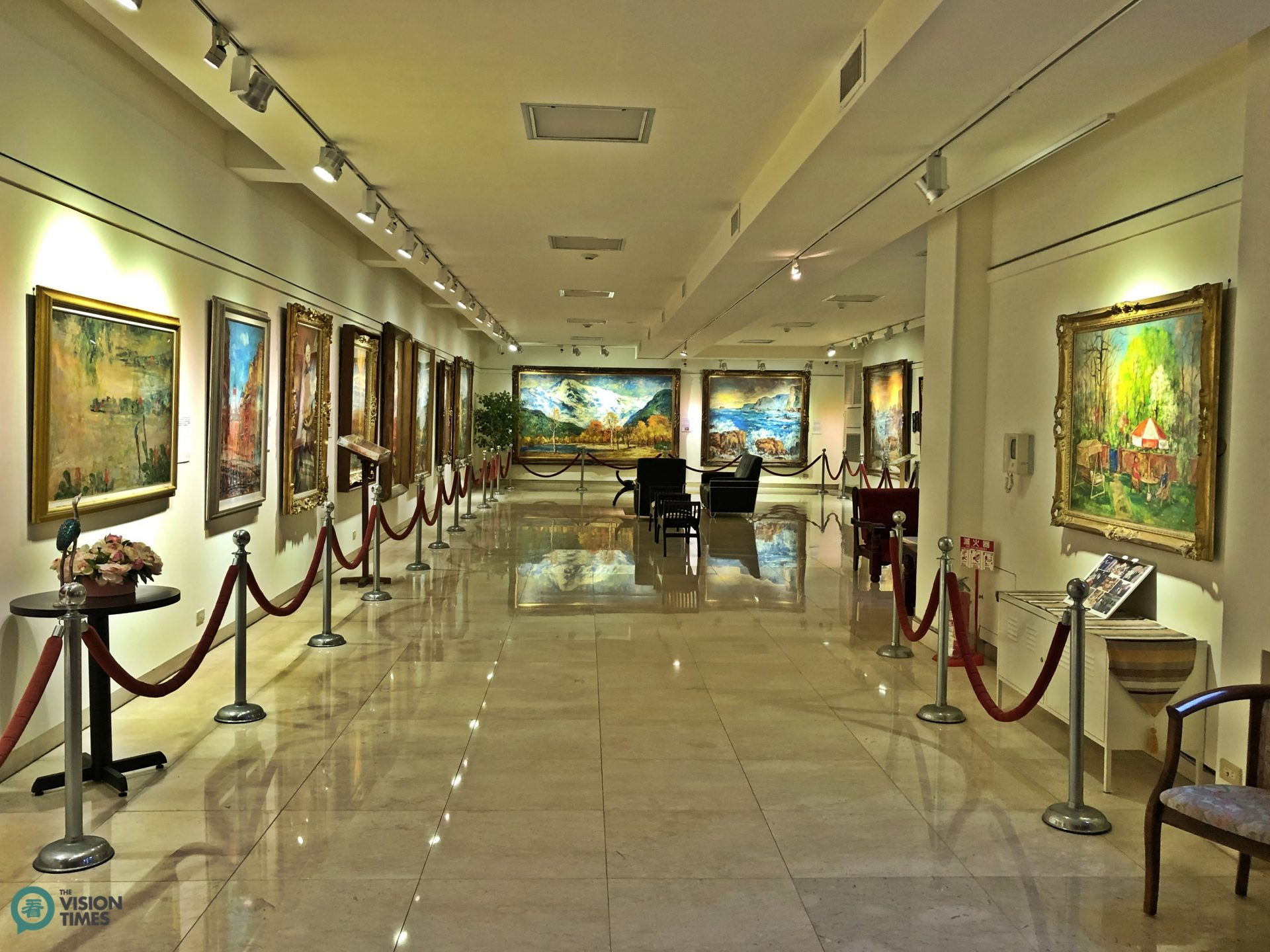 One of the five galleries at the Yang San Lang Art Museum. (Image: Billy Shyu / Vision Times)
